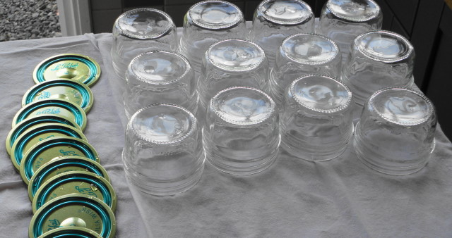 Jars sterilized and ready for filling.